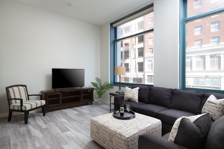 . One Bedroom Apartments in Downtown Cleveland   The Athlon